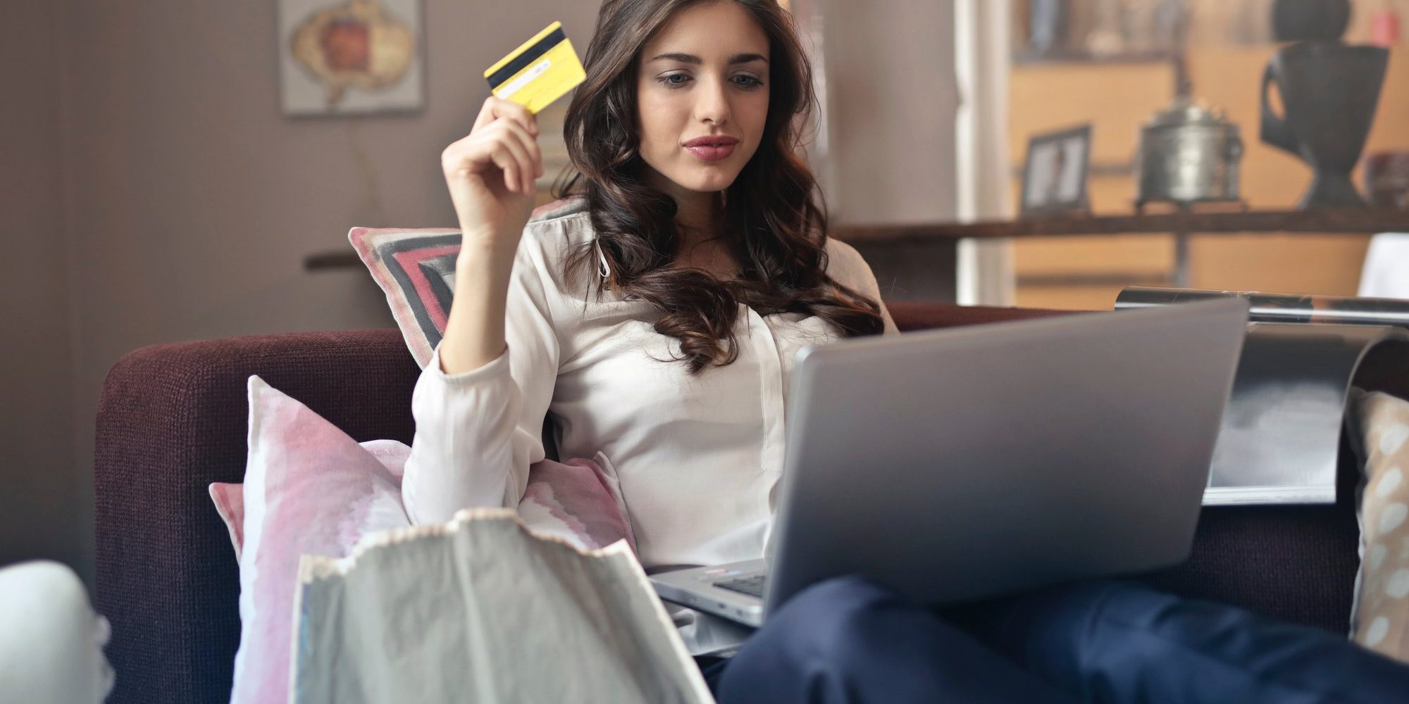 How to Acquire an E-commerce License in Dubai